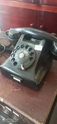 Telefone Antigo de Baquelite Preto