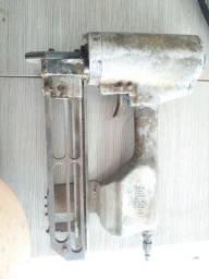Vendo grampeador de montagem com defeito não solta o grampo
