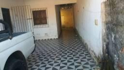 Alugo casa em Mosqueira na vila,finais de semana e feriad
