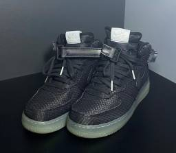 Air Force 1 07 Mid Black 38