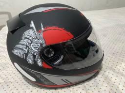 Vendo capacete Honda tamanho 61 nunca usado