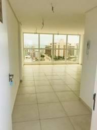 Flat bem localizado em Ponta de Campina-Cabedelo/PB