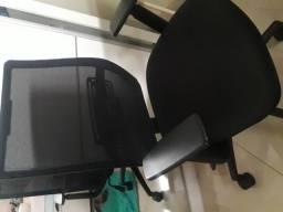 Cadeira executiva otimo estado