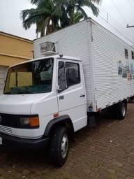 Título do anúncio: Caminhão MB 710 plus