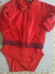Casaco body plush vermelho