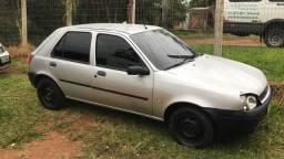Fiesta Zetec Rocam 2000 com ar condicionado