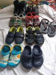 Lote calçados tamanho 22 e 23