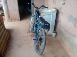 Troco motorizada em moto enrolada