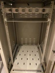 Título do anúncio: Rack piso fechado