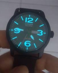 Relógio Citizen Eco Drive BM8475-00X com duas pulseiras