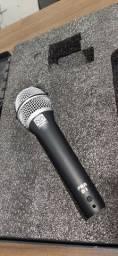 Microfone Dinâmico Superlux