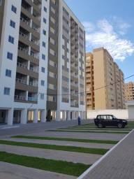 Apartamentos de 2 e 3 quartos na Cohama, elevador e acabamento no porcelanato.