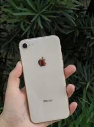 iPhone semi novo