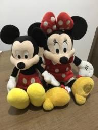Pelúcias Mickey e Minie