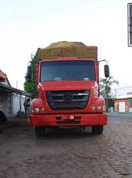 Mercedes bens ATRON 2324