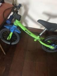 Bicicleta sem pedal infantil