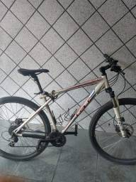 Bicicleta GT TIMELIME EXPERT Nova