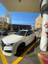 Título do anúncio: Linda!!! Audi Q3 black edition top de linha