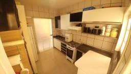 Casa em condomínio 3/4 + área de lazer privativa/ na melhor localização {JM}