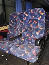 Bancos Soft de ônibus, vendo pares separados
