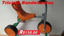 Vendo Triciclo Bandeirantes