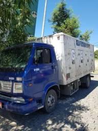 Vw 8120 baú sorveteiro - 2004