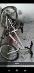 Bicicleta r$300 não faço entrega cj.carlos Braga nova cidade