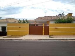 Casa de Alto Padrão 3 Quartos, 1 Suíte, 139m2, Santa Clara II