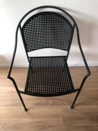 Cadeiras em ferro (jogo com 8 cadeiras)