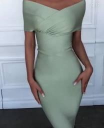 Estou vendendo esse vestido usado apenas uma vez no casamento de uma amiga