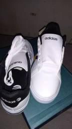 Sapato Adidas ... primeira linha...
