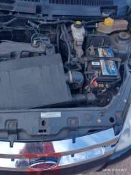 *carro equipado* Ford Ka 2009
