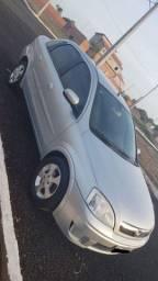 Corsa Premium Sedan 1.4 8v Flex 2011