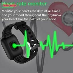 Relogio inteligente ,recarregável USB,com monitor freqüência  cardíaca /pressão