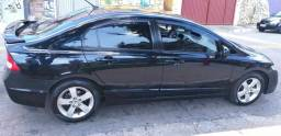 Carro ronda Civic