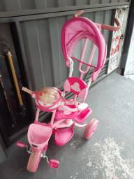 Triciclo infantil  100.00