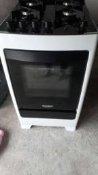 Título do anúncio: Fogão 4 meses de uso forno nunca usado.