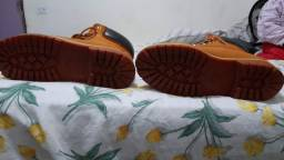 Tênis bota semi novo original