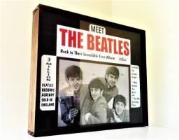 Título do anúncio: Display The Beatles 1964 Réplica Com Movimento