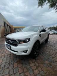 Vendo Ranger 4x2 XLS 2020