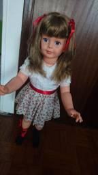 Boneca Com cabelo quebrando Amiguinha