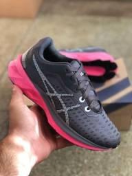 Tênis Asics para caminhada