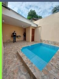 Casa no novo Aleixo Com 3 quartos e piscina px chapéu Goiano