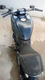 Sucata de moto para retirada de peças Ducati Diavel 2012