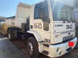 Título do anúncio: Ford Cargo 1717e 2010/2011 Caçamba