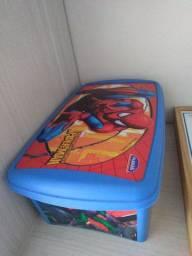 Jogo jenga + caixa do homem aranha