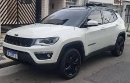 Título do anúncio: Jeep Compass Diesel 4x4 Night Eagle 2018 Som Beats Xenon Perfeito Estado Baixa Km