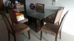 Mesa C/ 6 cadeiras estofadas