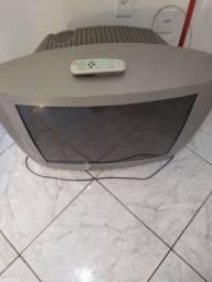 Televisão e tanquinho usado