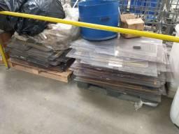 900kg placa acrílico sucata